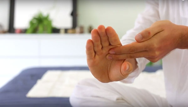 Sacred Yoga Massage - Suriya Nitschke